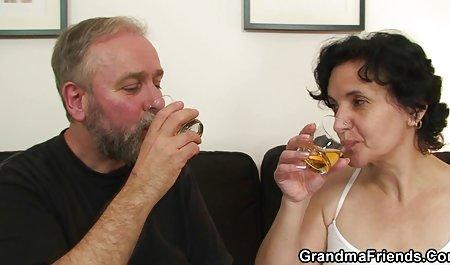 تیلور او را خشک سیکس جوردی می کند